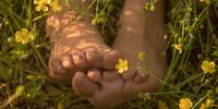 girls-goin-barefoot's avatar